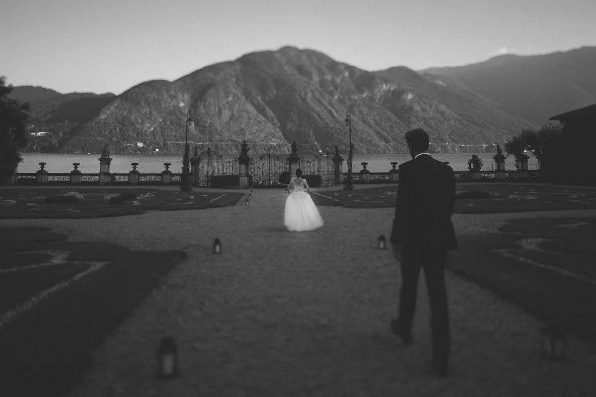 lake como destination wedding photographer