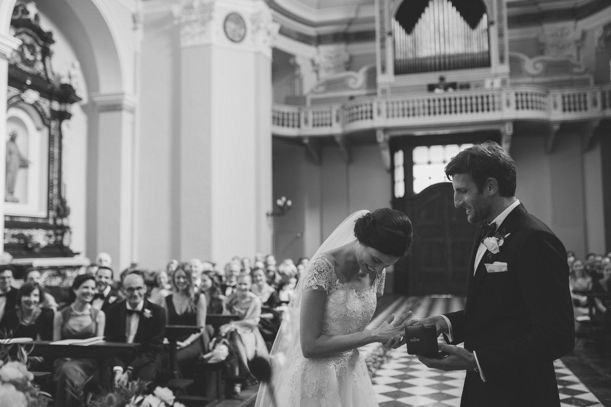lake como wedding photographer lenno tremezzo