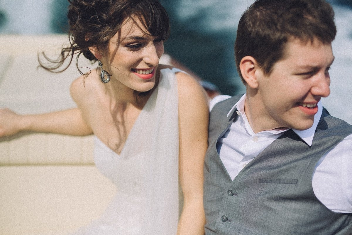 Elopement in Lake Como. Pre-wedding photographer in Italy