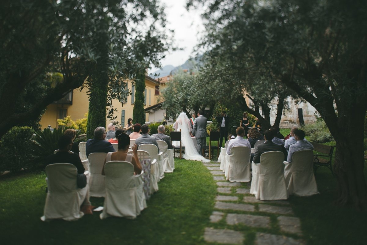 wedding photographer lake como ossuccio