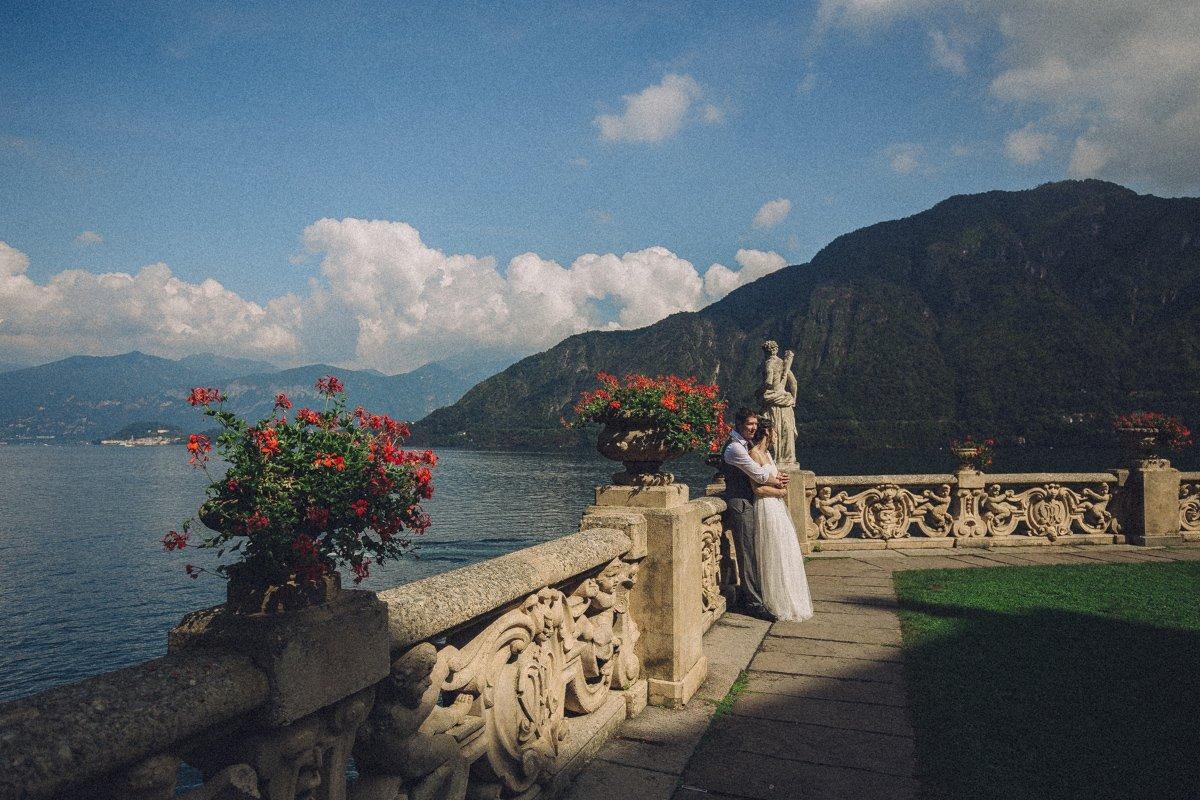 lake como wedding photographer-24