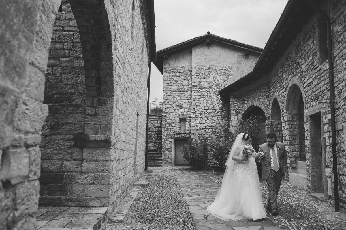 lake como wedding photographer-28