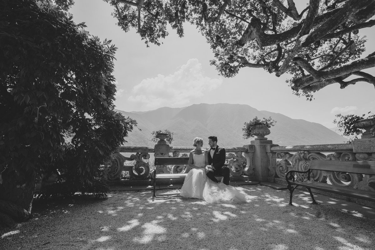 lake como wedding photographer-30