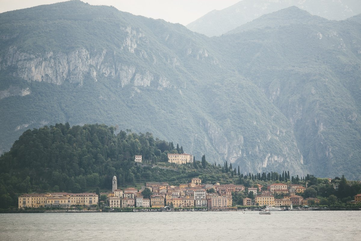 lake como wedding photographer-4