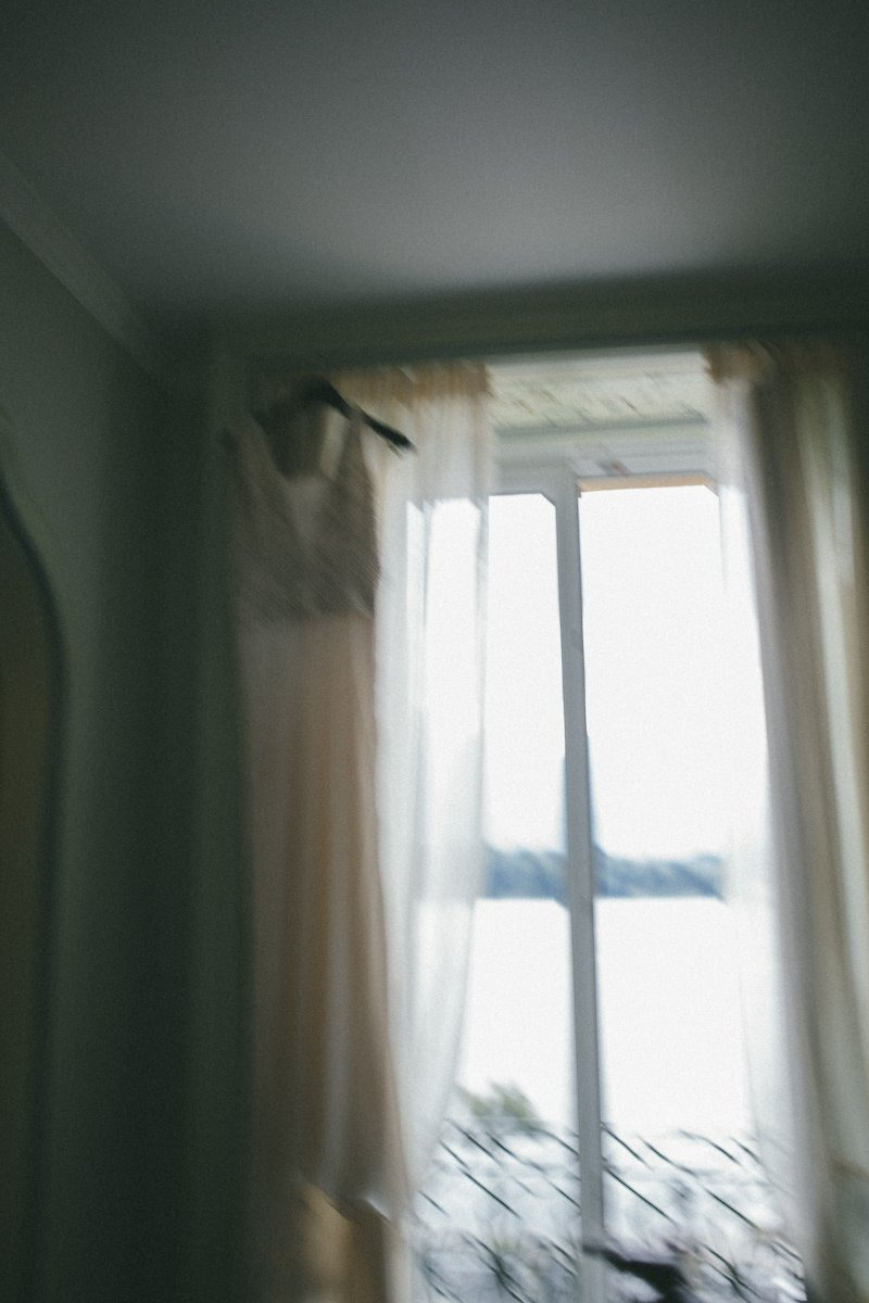 lake como wedding photographer-8
