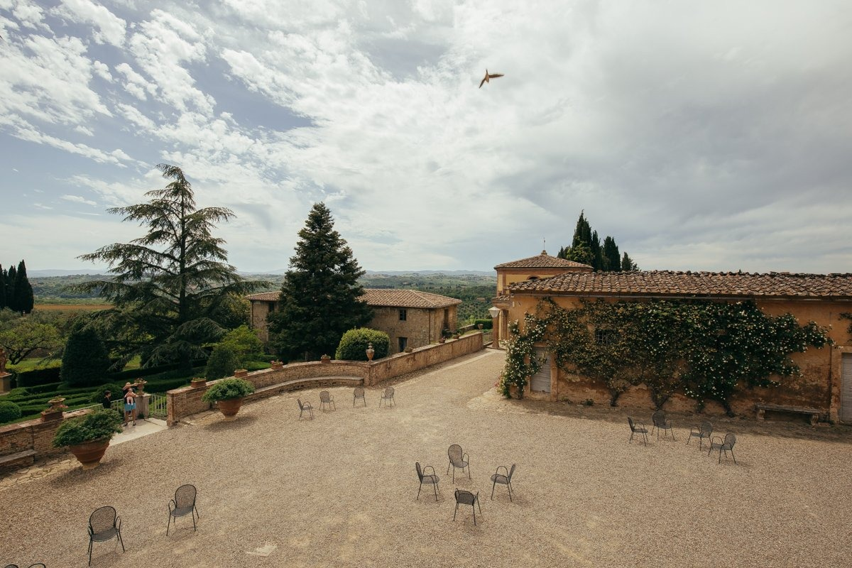 tuscany wedding photographer villa catignano