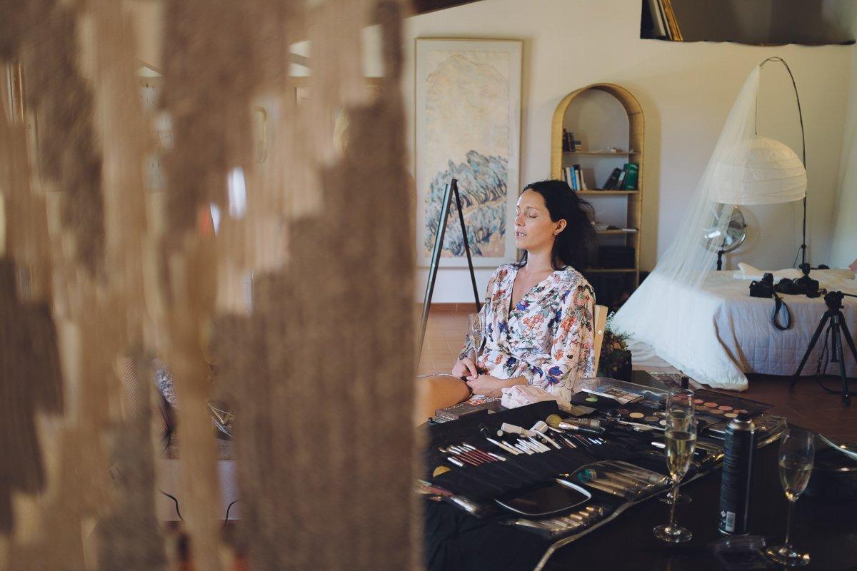 Elegant destination wedding photographer tuscany