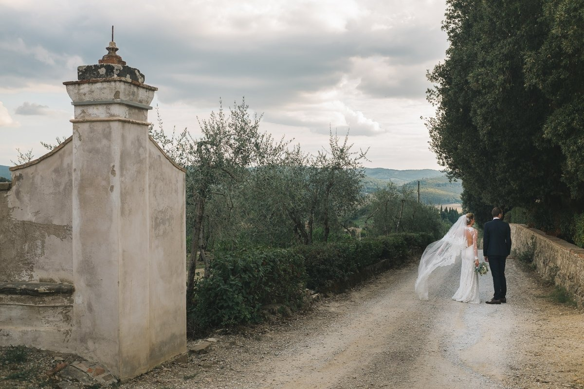 Romantic Wedding in Tuscany. Wedding photographer in Tuscany