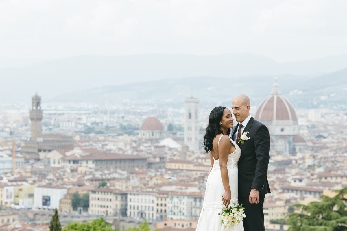 Florence Elopement photographer. Intimate wedding and elopement photography