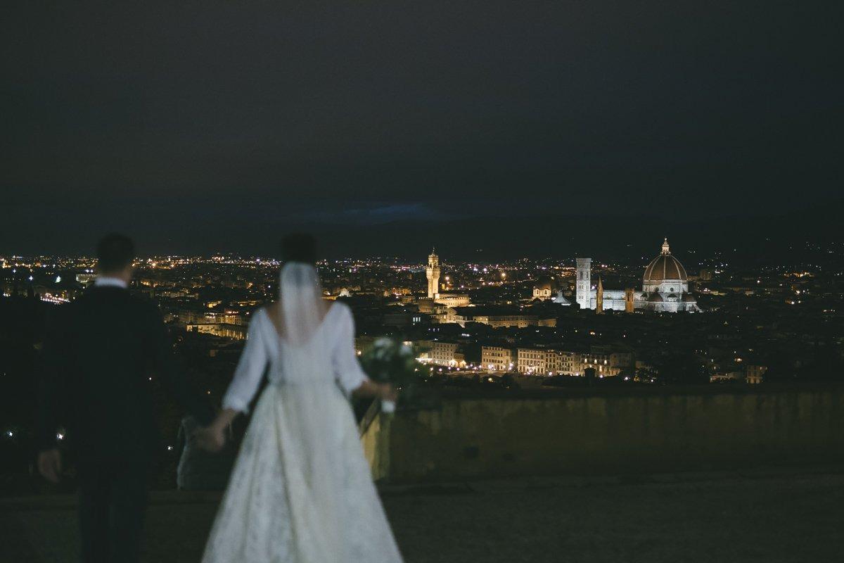 Wedding photographer Florence, Palazzo Vecchio. Italian wedding photographer in Tuscany