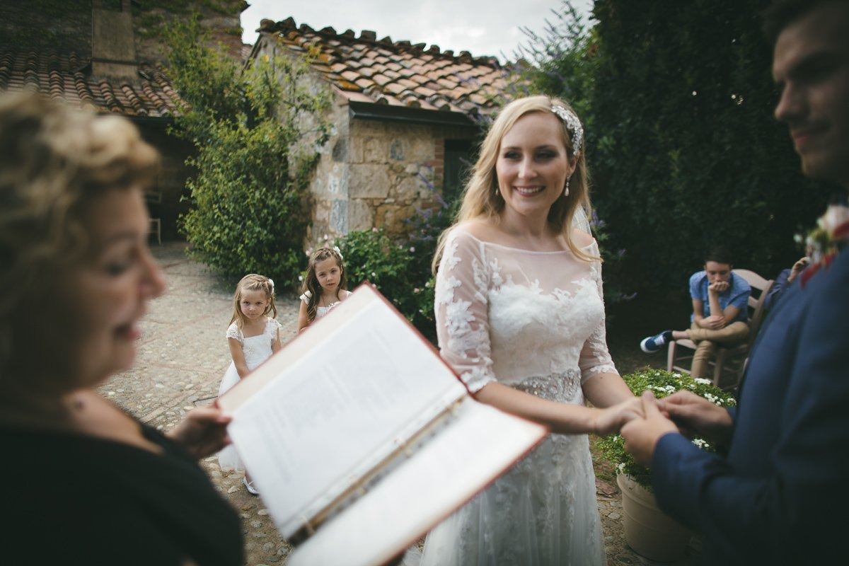 wedding photographer in tuscany-31