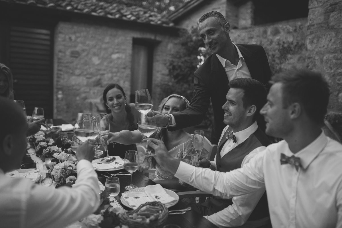 wedding photographer in tuscany-52