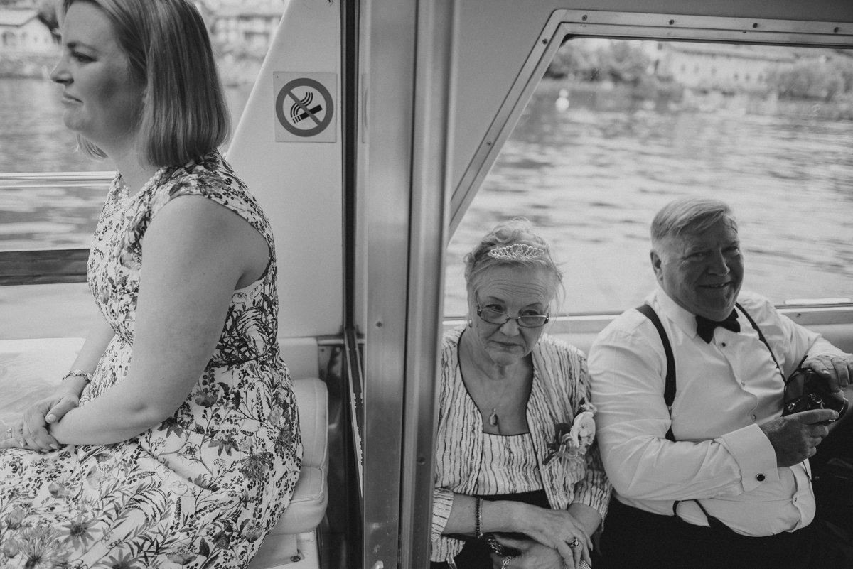 Destination wedding in Lake Como. Wedding photographer in Italy