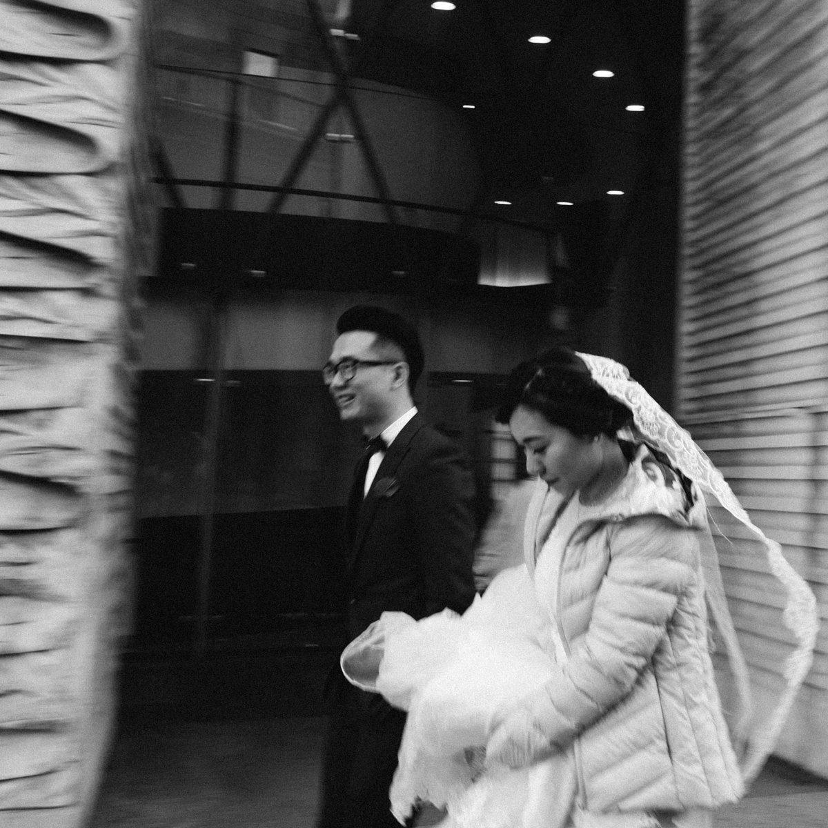Milan wedding photographer. Street wedding