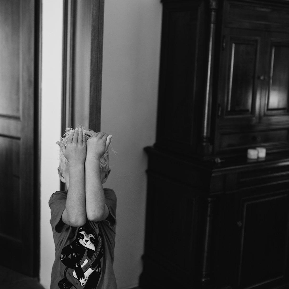 Destination wedding in Italy, a child