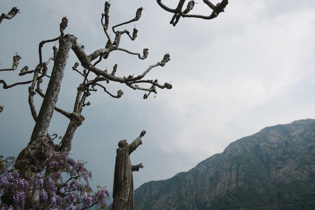 Wedding proposal photographer in Villa Balbianello, Lake Como