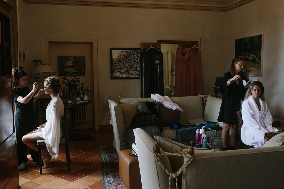 Tuscany destination wedding venue. Bridal Hairstyle