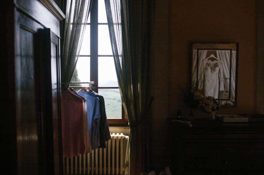 Tuscany destination wedding. Bridal Gown , countryside wedding in Tuscany.