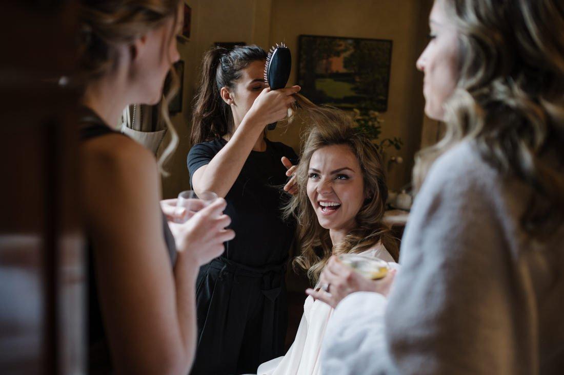 Tuscany destination wedding. Bride Make up, wedding in Italy