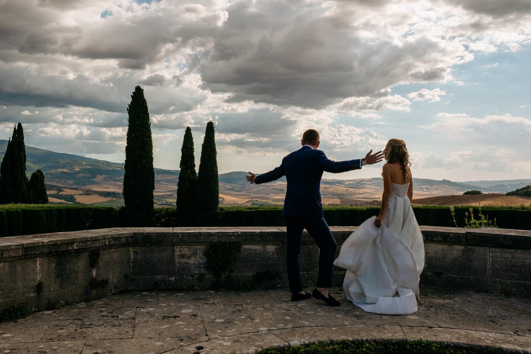 La Foce wedding in Tuscany Villa