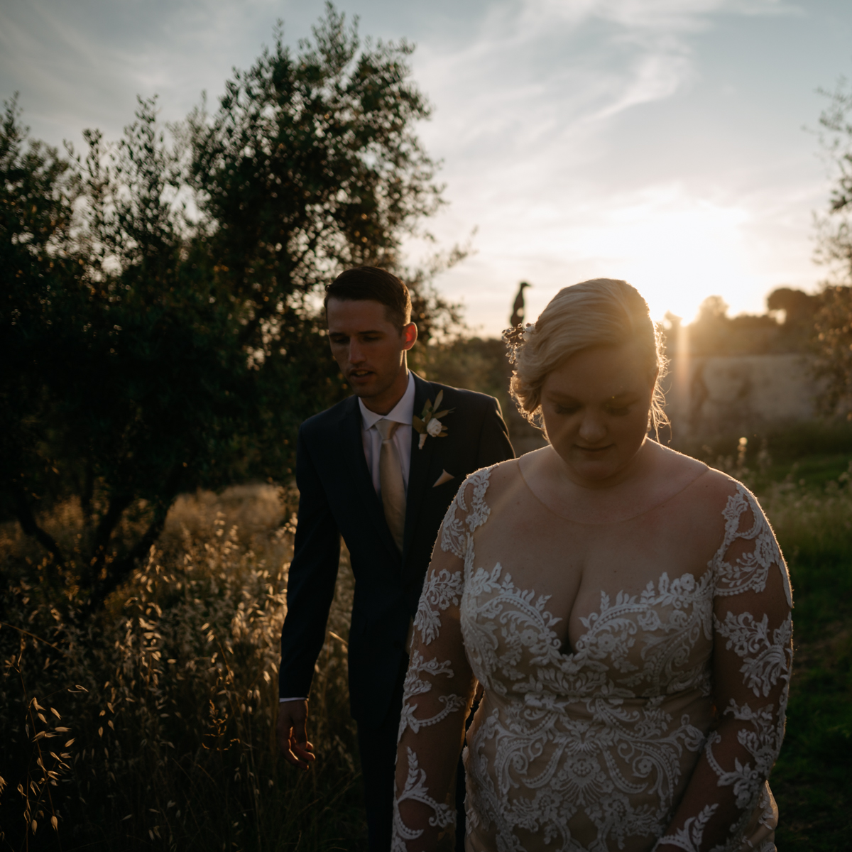 use of the light in wedding photography