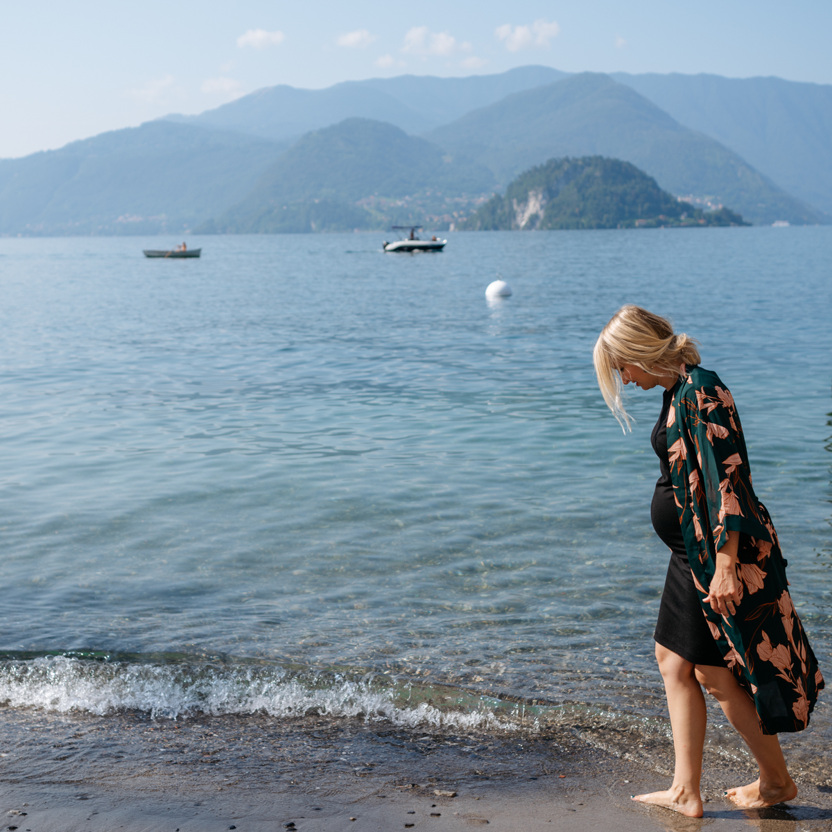 walking on the small beach in Varenna