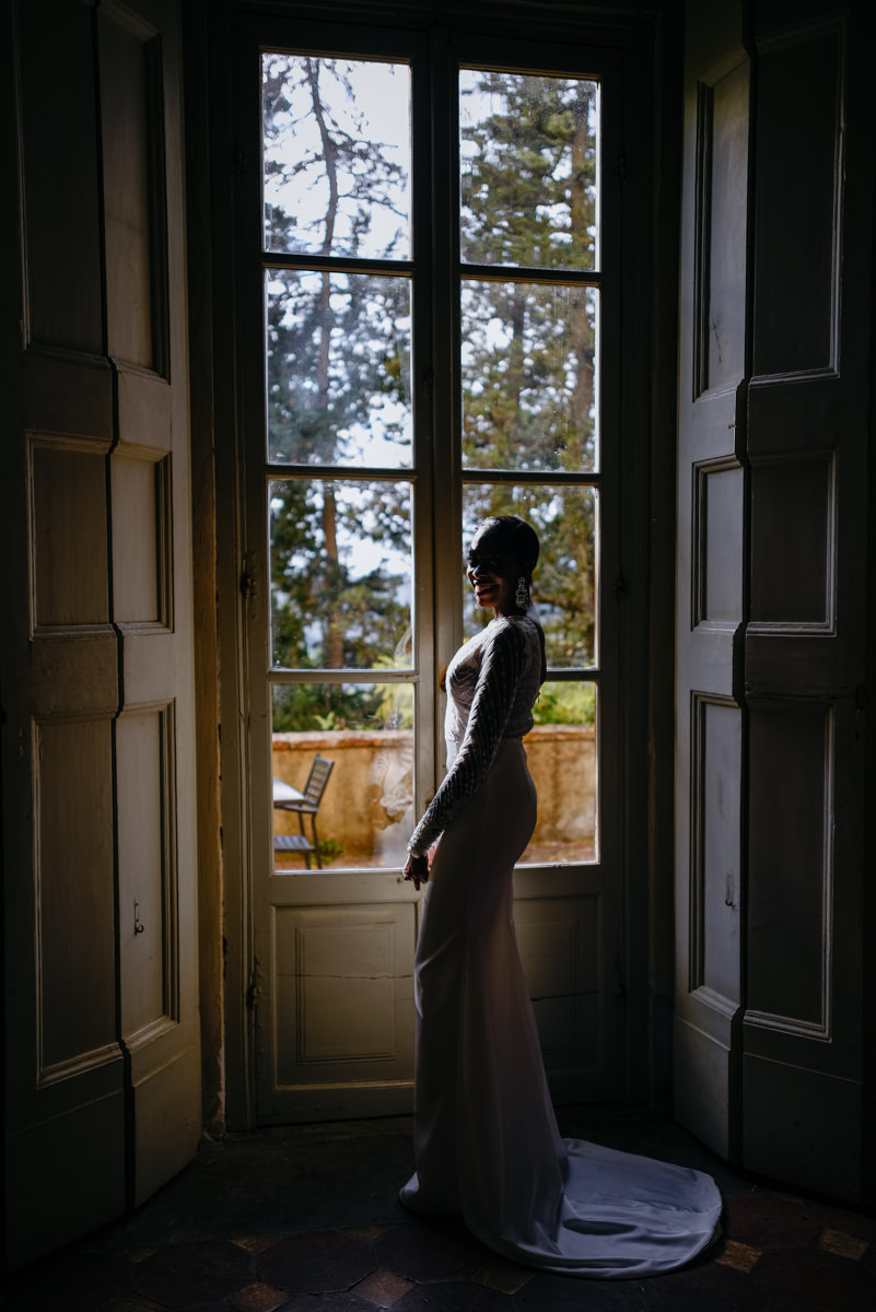 bride portrait with Tuscan light