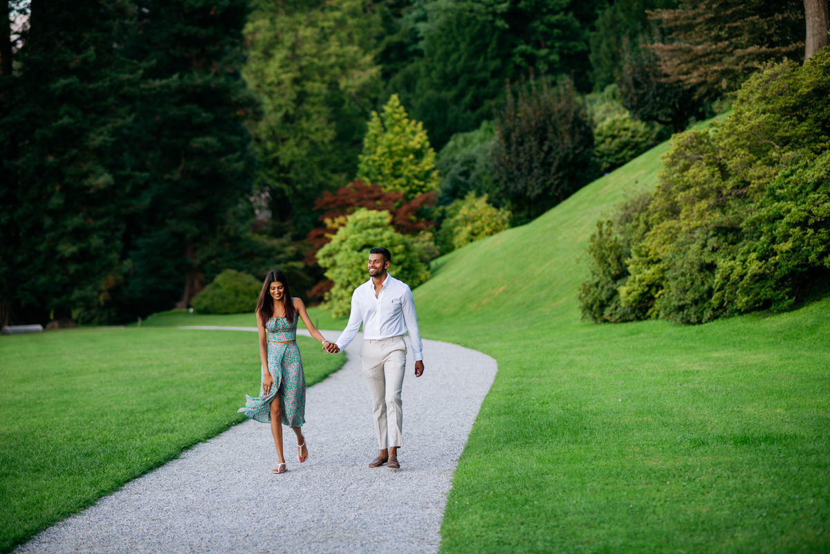 pre-wedding session on Lake Como in Italy