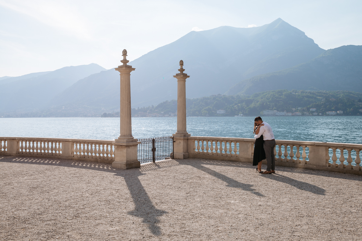 wedding proposal idea on Lake Como