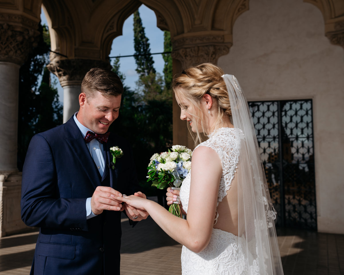 exchange of the rings during the elopement